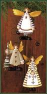 WW2470 Country style flying angel ornaments with heart, star and snowflake motifs